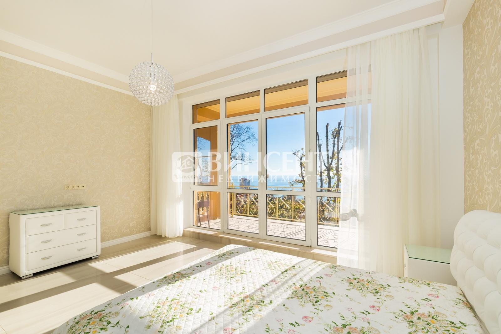 Appartamenti in vendita a Napoli in un complesso residenziale di lusso vicino al mare